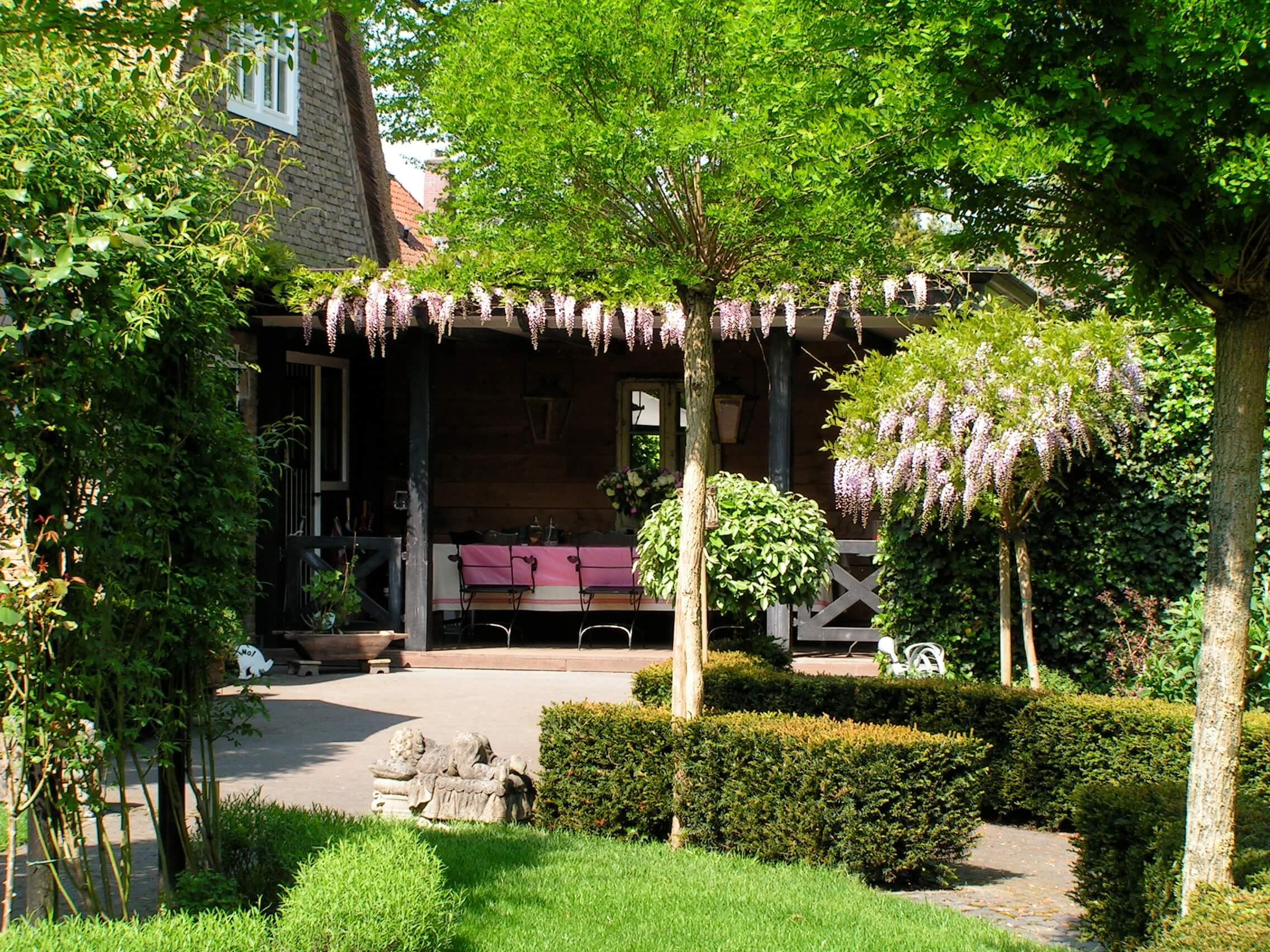 Tuin voorpret for Voorbeeldtuinen kleine tuin