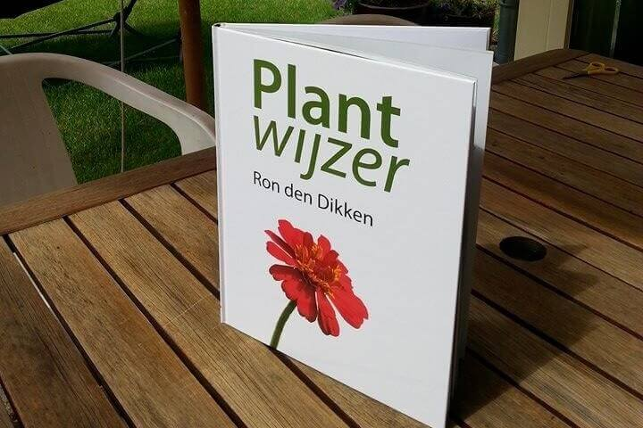 Tuinboek 'Plantwijzer'
